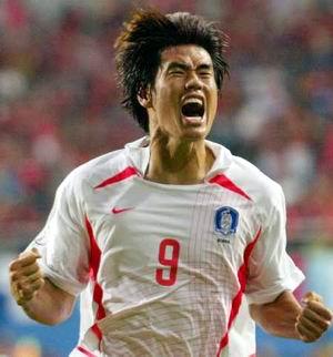 薛琦铉+++在2002年世界杯打进半决赛的那支韩