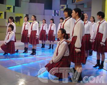 歌曲演唱《我爱你中国》 快板《跑》 舞蹈《军中姐妹》 萨克斯《全新