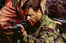 拉塞尔/影片的男主角由拉塞尔·克罗担纲。