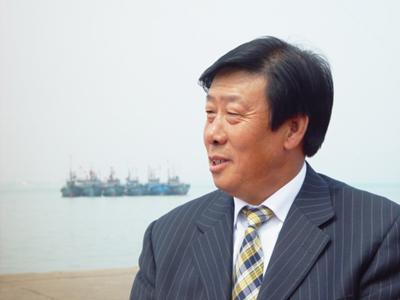 王玉春,男,1953年5月出生,1981年3月加入中国共产党,现任山东斥山